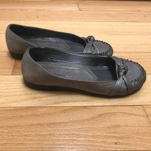 Pewter Chinese Laundry Flats